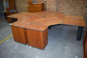 4 Side large wooden cubicle call centre desk