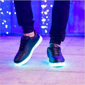 LED LIGHT UP SNEAKERS/ SHANDIS /LED SNEAKERS AVAILABLE AT R400