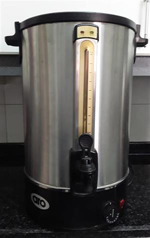 16 litre urn