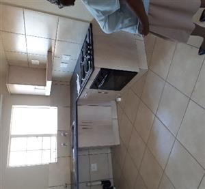 Townhouse to rent for R5700 in Pretoria West