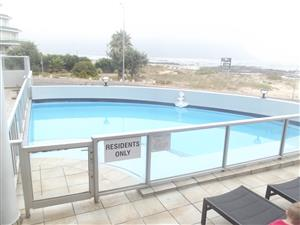 STRAND BEACH FRONT  - 100% SEA VIEWS!!   Winterspecial!!