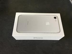 iphone 7 32 gig brand new