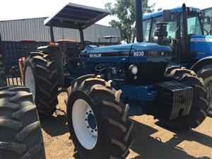 Blue New Holland 8030 91kW/122Hp 4x4