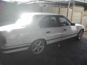 1994 bmw e34 525i Automatic