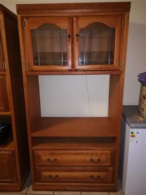 Wooden Cabinet R1000