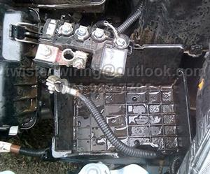 Honda Brio Battery Box  2012 to 2018 -  1.2  iVTEC  5 speed Manual Amaze Sedan Stripping for spares / parts