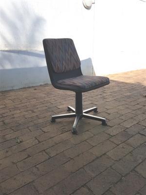 Chrome Swivel Board Room Chairs