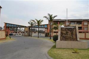 AVAILABLE 1st FEBRUARY! 2Bed, 1Bath Apartment To Let In Pebble Falls, Boksburg!