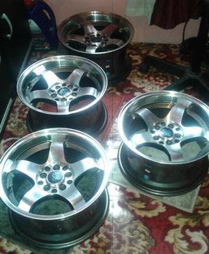 "15"" 8j Stamford rims to swop/sell"