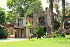 WEEKEND SPECIAL!! R499/NIGHT... SLEEPS 2. GREAT DEALS FOR STAYING LONGER