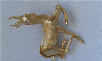 18CT GOLD AND DIAMOND SPRINGBOK BROOCH