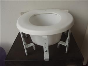Raised Toilet Seat - Portable - New