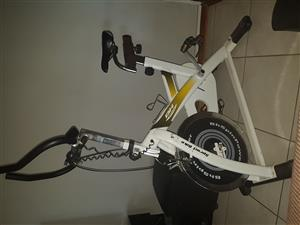 Bh fitness spin bike H915