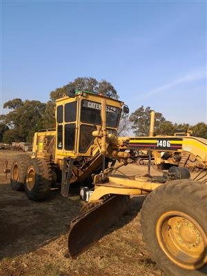 Grader for hire