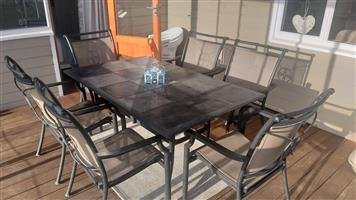 6 SEATER PATIO TABLE FOR SALE
