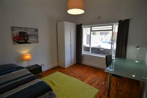 Furnished room available in renovated house in Observatory, uncapped fibre WiFi, cleaning service