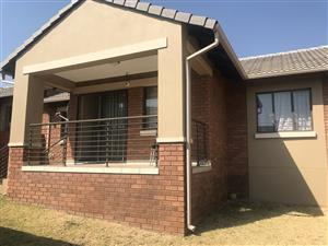 3 Bedroom Apartment / Flat for Sale in Mooikloof Ridge