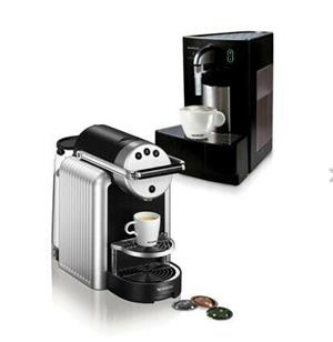 Professional Nespresso Zenius and Cappuccinatore Bundle with extras