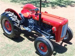 Red Massey Ferguson (MF) 35 Petrol Pre-Owned Tractor