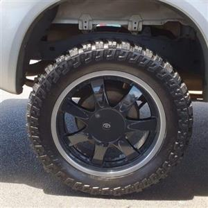 20inch mags and maxxi bighorn tyres swop