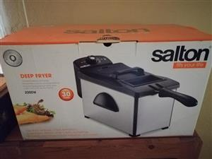 Deep fryer in box