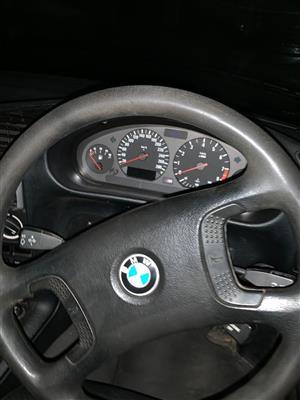 1992 BMW 3 Series 328i
