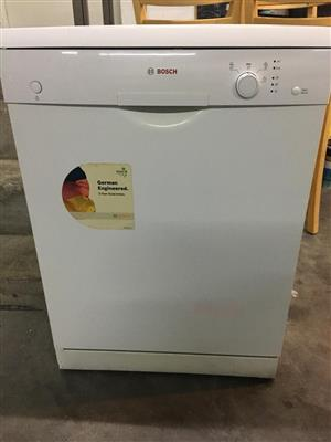 Dishwasher - Bosch 12 Place Setting