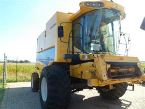 New Holland CS660 Combine Harvester