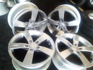 16 inch 5x112pcd TSW mags to fit on a Vw Jetta, Passart, GTI and Audi for R2700.