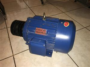 New 5.5KW 4P 3Phase Electric Motor Foot Mounted