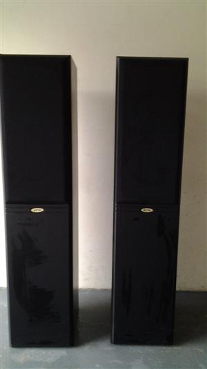 JPW Floor Standing Speakers