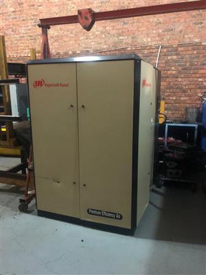 405 CFM 10 BAR COMPRESSOR
