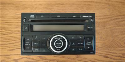 Nissan Hardbody Radio