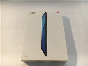 2 Huawei MediaPad tablets