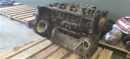 Isuzu 4HE1 crankshaft and engine block for sale!