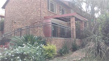 Moreletta Park  R8700 3Br Duplex