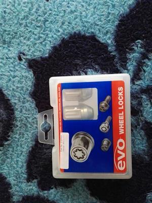 Evo wheel lock nuts thread M12 x 1.5