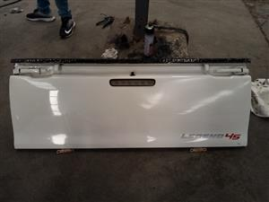 HILUX 05 TAILGATE 8195