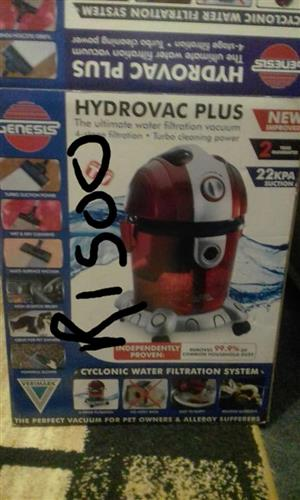 HYDROVAC PLUS VACUUM CLEANER