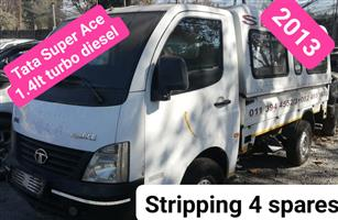 Tata Super Ace 1.4 Turbo diesel 2013 stripping 4 spares