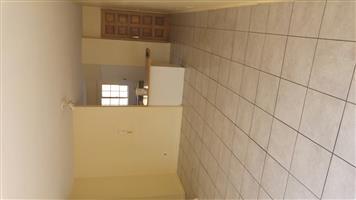 Beautiful 2 bedroom simplex in Centurion