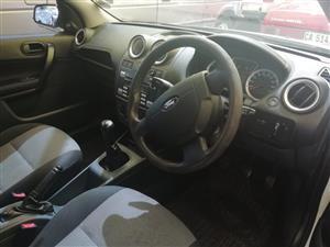 2010 Ford Ikon 1.6i
