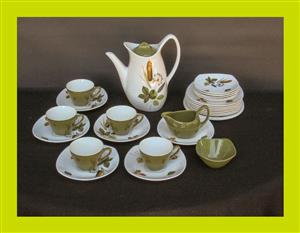 28 Piece Part Midwinter Fashion Plate Riverside Coffee Set - SKU 825