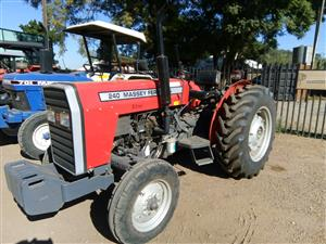 S2960 2011 Red Massey Ferguson (MF) 240 35kW/45Hp Pre-Owned Tractor