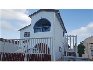 4 Bedroom House For Sale  Lotus River, Cape Town