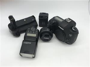 Canon EOS 5D Mark lll and gear