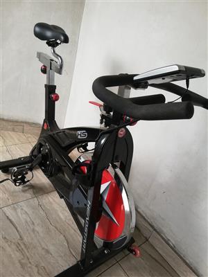 Headstart Premium Indoor Cycle.