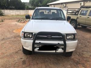 toyota hilux 2.7 4x4 for sale