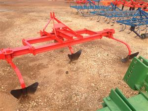 U Make 3 Share Ridger / 3 Skaar Operter Pre-Owned Implement