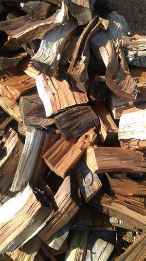 Firewood R900 Bakkie load